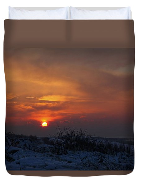 When The Sun Goes Down  Duvet Cover by Annie Snel