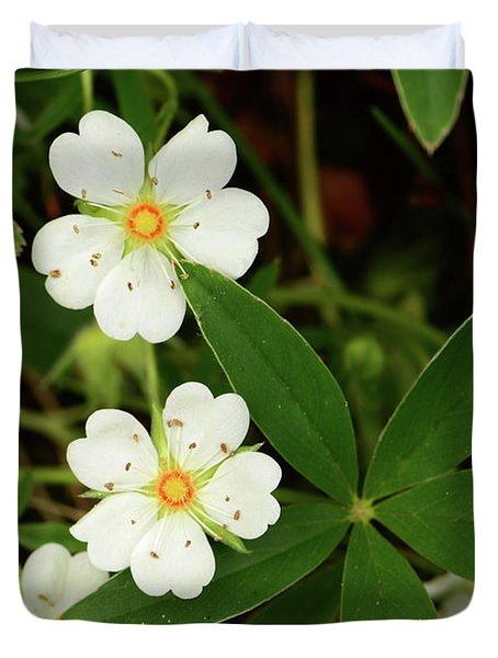 White And Orange Flowers, And Palmate Duvet Cover