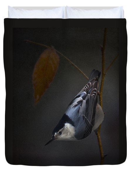 White Breasted Nuthatch Duvet Cover by Ron Jones