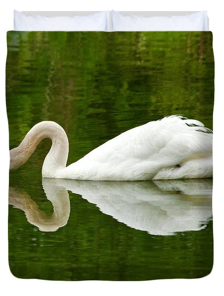 Duvet Cover featuring the photograph Graceful White Swan Heart  by Jerry Cowart