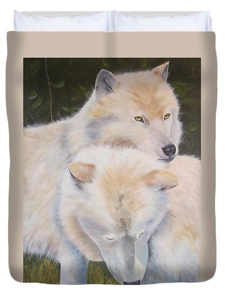 White Wolves - Loup Blanc - Parc Omega Duvet Cover