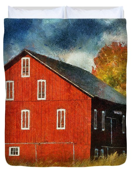 Why Do They Paint Barns Red? Duvet Cover by Lois Bryan