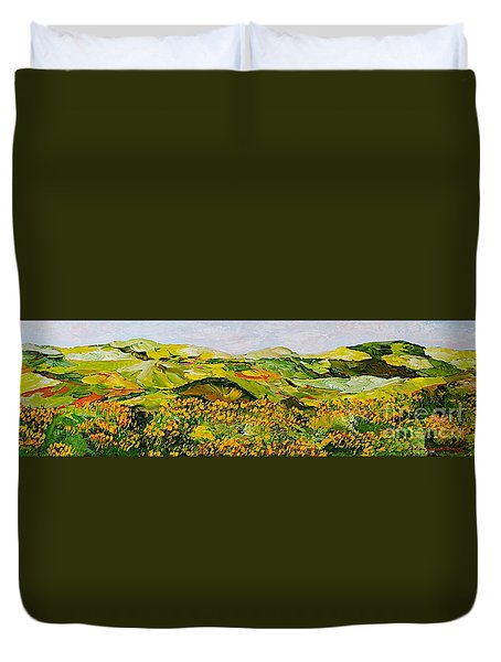 Wild And Robust Duvet Cover by Allan P Friedlander