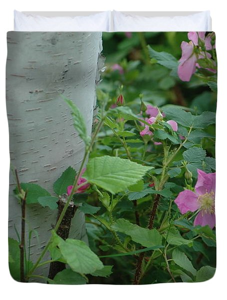 Wild Roses With Birch Tree Duvet Cover