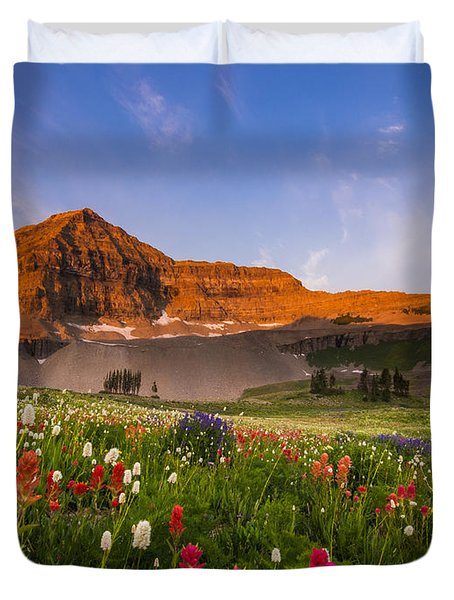 Wildflowers In Bloom Duvet Cover