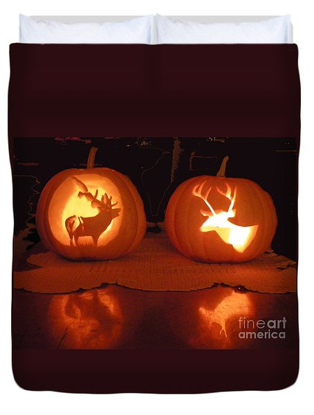Wildlife Halloween Pumpkin Carving Duvet Cover