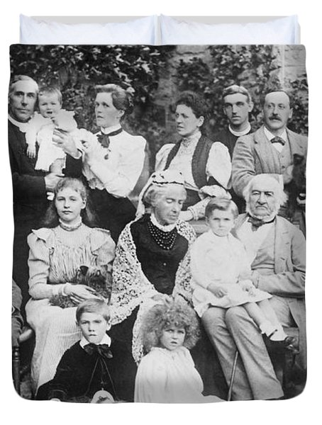 William Gladstone With Family Duvet Cover