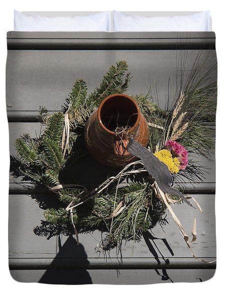 Williamsburg Bird Bottle 2 Duvet Cover by Teresa Mucha