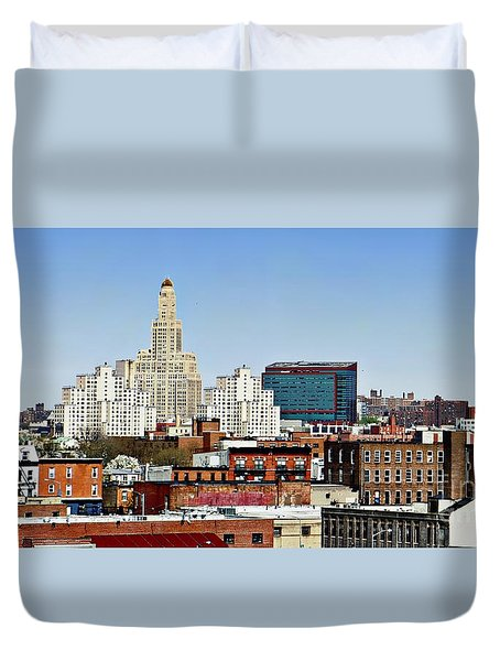 Williamsburg Savings Bank In Downtown Brooklyn Ny Duvet Cover by Lilliana Mendez