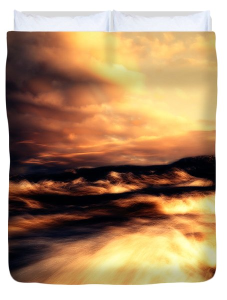 Wind And Water Duvet Cover by Bob Orsillo