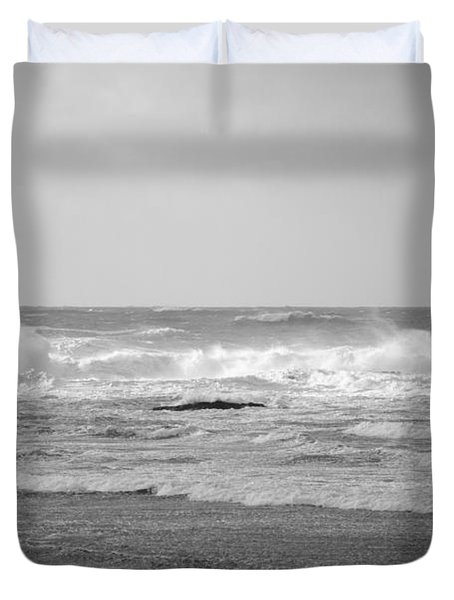 Wind Blown Waves Tofino Duvet Cover