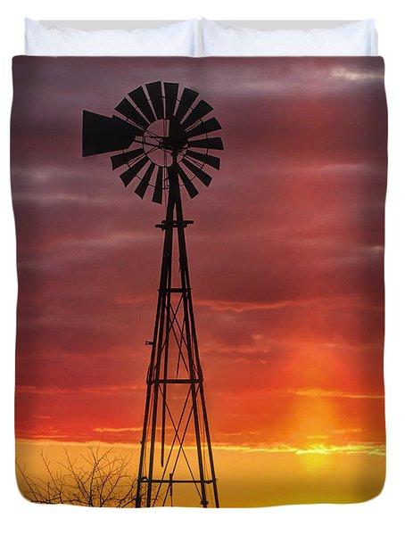 Windmill And Light Pillar Duvet Cover