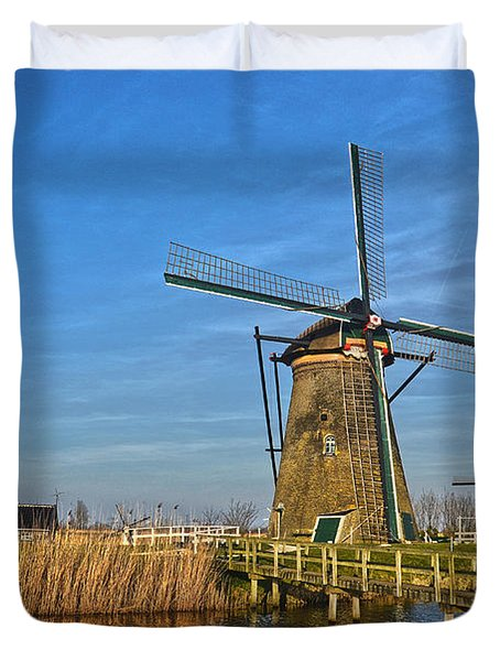 Windmills And Bridge Near Kinderdijk Duvet Cover