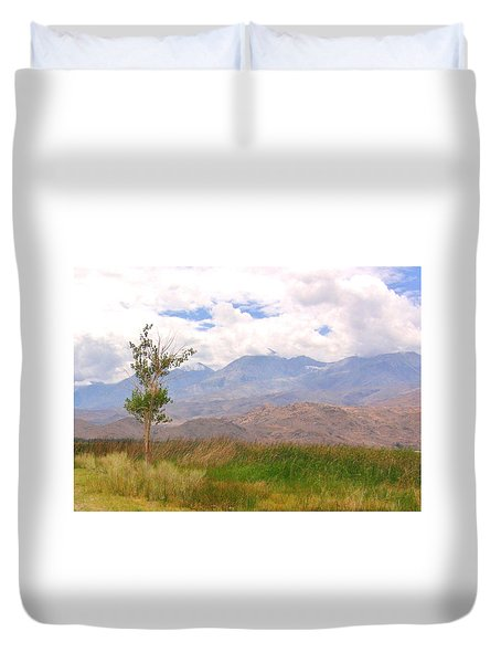 Duvet Cover featuring the photograph Windswept by Marilyn Diaz