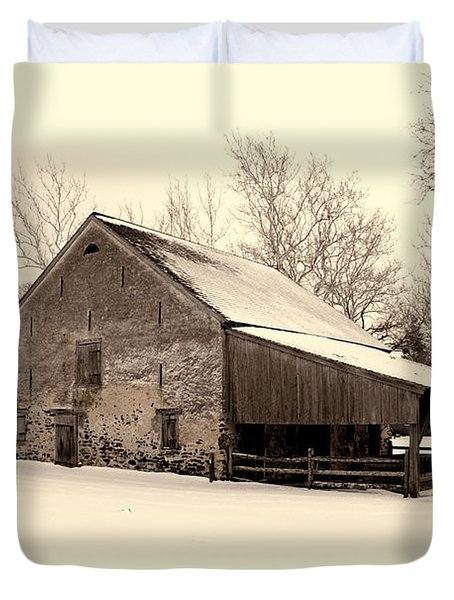 Winter At The Horse Barn Duvet Cover