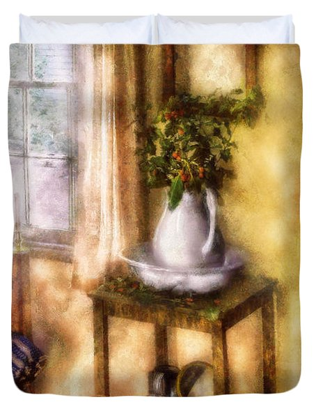 Winter - Christmas - Early Christmas Morning Duvet Cover by Mike Savad
