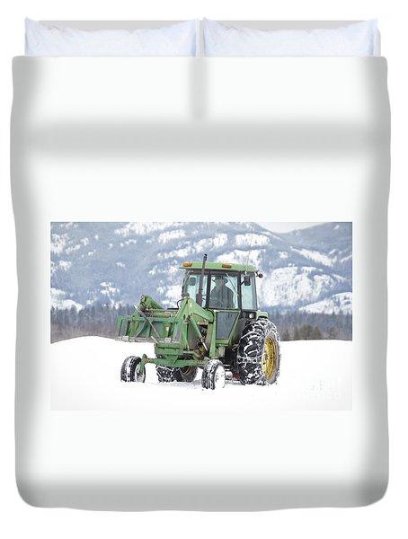 Winter Feeding Duvet Cover by Diane Bohna