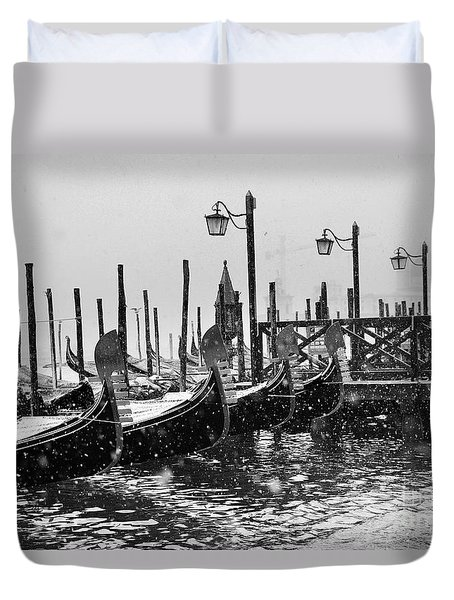 Winter In Venice Duvet Cover