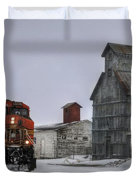 Winter Mixed Freight Through Castle Rock Duvet Cover