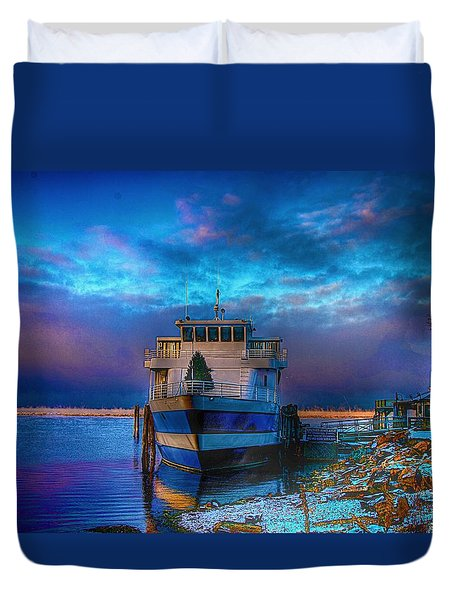 Duvet Cover featuring the photograph Welcome Sun Breaking The Cold by Dennis Baswell