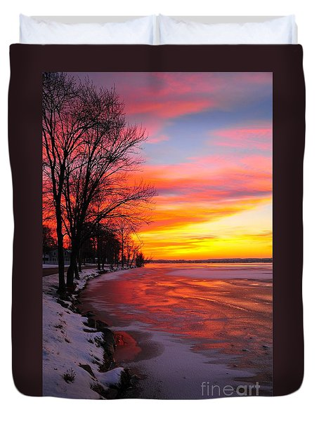 Duvet Cover featuring the photograph Winter Sunrise On Lake Cadillac by Terri Gostola