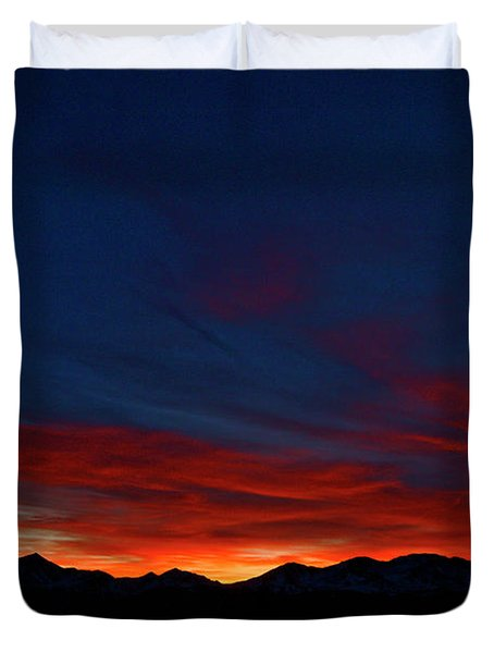 Winter Sunset Duvet Cover by Jeremy Rhoades