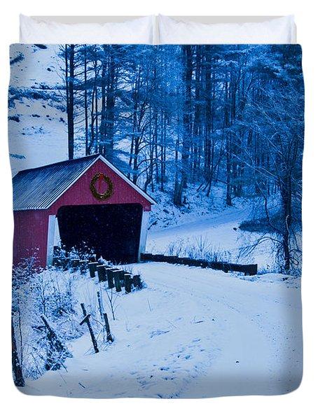 winter Vermont covered bridge Duvet Cover