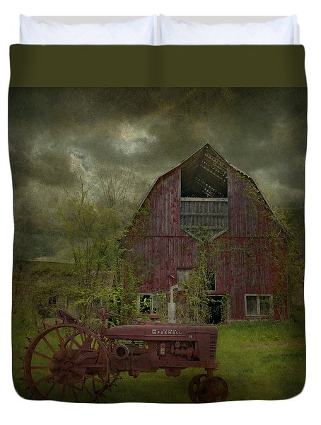 Wisconsin Barn 3 Duvet Cover