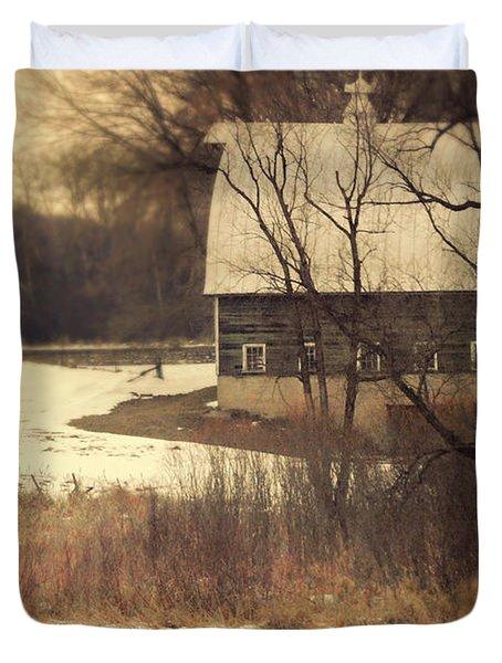 Wisconsin Barn In Winter Duvet Cover by Jill Battaglia