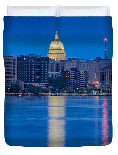 Duvet Cover featuring the photograph Wisconsin Capitol Reflection by Sebastian Musial