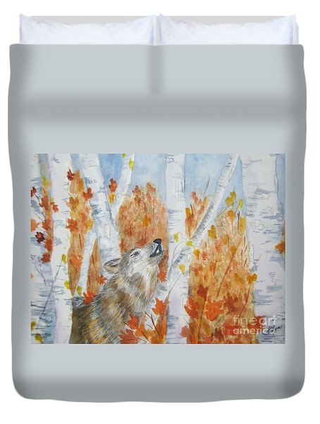 Duvet Cover featuring the painting Wolf Call by Ellen Levinson