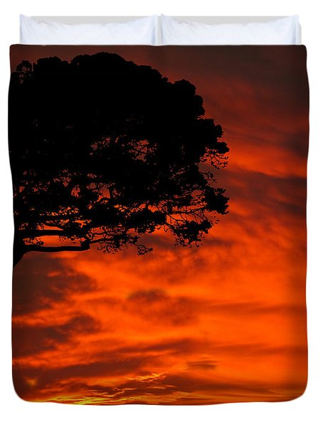 Wolf Calling For Mate Sunset Silhouette Series Duvet Cover