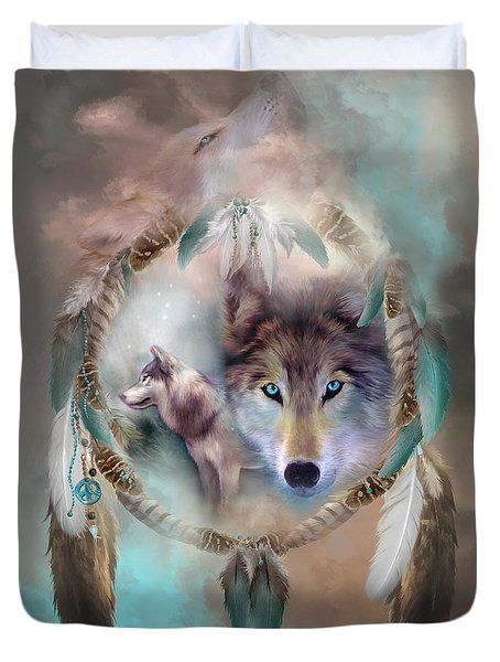 Wolf - Dreams Of Peace Duvet Cover