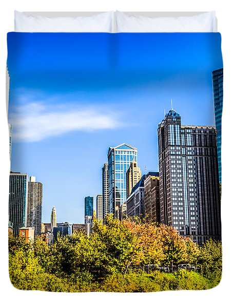 Wolf Point In Chicago Duvet Cover by Paul Velgos