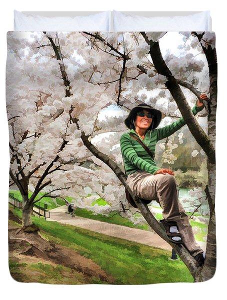 Woman In Tree Duvet Cover by Dan Friend