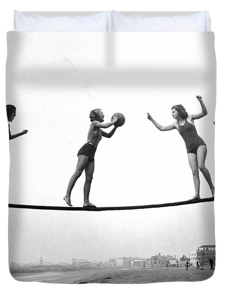 Women Play Beach Basketball Duvet Cover by Underwood Archives