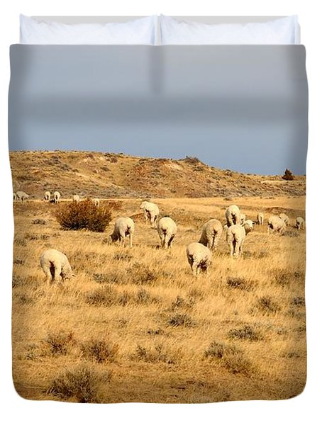 Duvet Cover featuring the photograph Wool You Sheep With Me by Anthony Wilkening