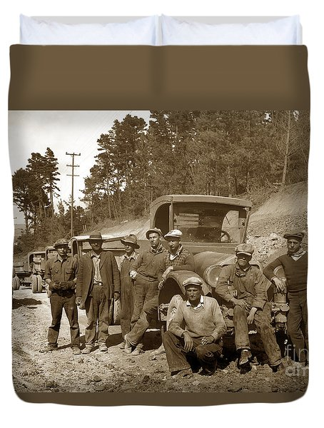 Workers On Highway One Monterey Carmel Hill California 1929 Duvet Cover