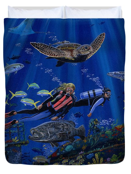 Wreck Divers Re0014 Duvet Cover by Carey Chen