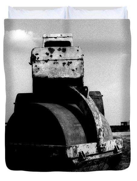 Duvet Cover featuring the photograph wreck II by Mariusz Zawadzki