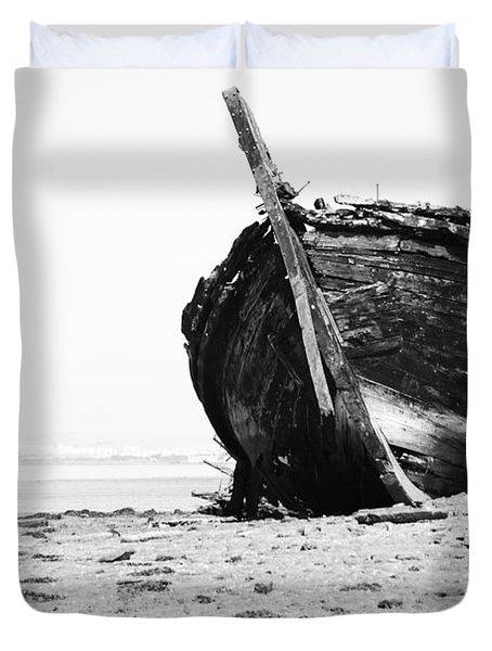 Wreckage On The Bay Duvet Cover