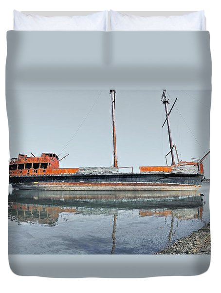 Wreck Reflection Duvet Cover