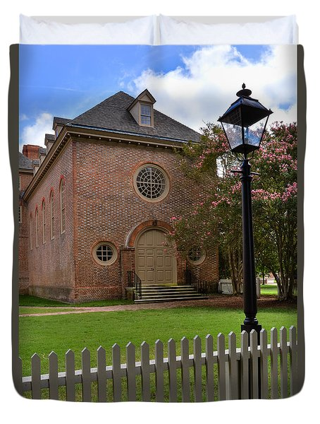 Wren Chapel At William And Mary Duvet Cover