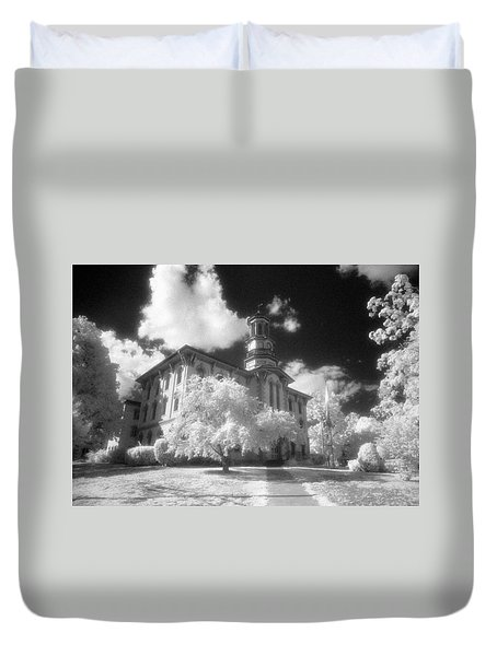 Wyoming County Courthouse Duvet Cover