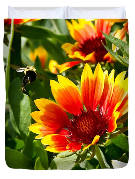 Yellow And Red Gaillardias And Bee Duvet Cover