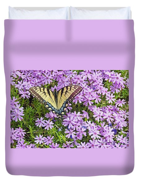 Duvet Cover featuring the photograph Yellow Flutterby by Kenny Francis