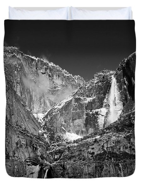 Yosemite Falls In Black And White II Duvet Cover by Bill Gallagher