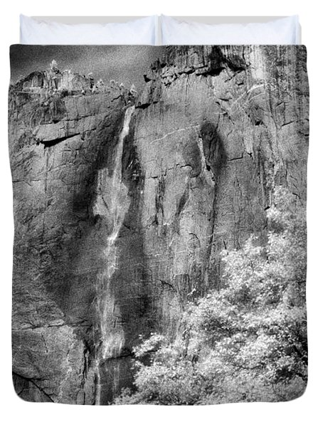 Duvet Cover featuring the photograph Yosemite Falls by Mark Greenberg