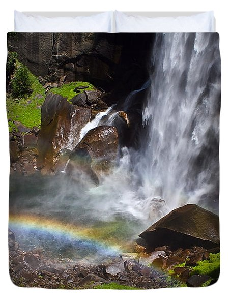 Duvet Cover featuring the photograph Yosemite National Park by Brian Williamson