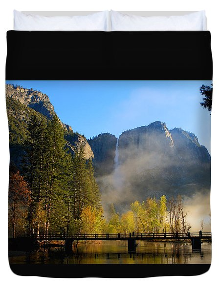 Yosemite River Mist Duvet Cover by Duncan Selby